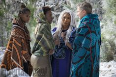 Camille Friend discusses her role as hair department head of Marvel's newest superhero flick, Black Panther. New Marvel Characters, Marvel Films, Marvel Cinematic, Marvel Dc, Orisha, African Art Museum, Black Panther Costume, Black Panther 2018, Nakia Black Panther