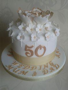 Golden wedding anniversary cake.