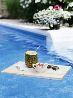 DIY Floating Pool Tray @themerrythought. If Only I Had A Pool.