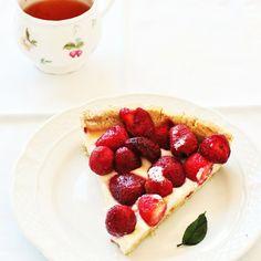 Tarta sin gluten de chocolate blanco y fresas