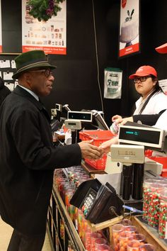 Al Roker shopping at Eli's on East 80th Street. (Photo: Michelle V. Agins/The New York Times)