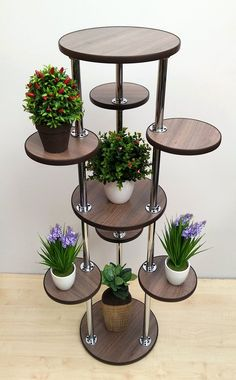 Design Ideas For Your Garden Tall Plant Stands, Modern Plant Stand, Wooden Plant Stands, Metal Plant Stand, Stand Tall, House Plants Decor, Plant Decor, Tall Plants, Indoor Plants