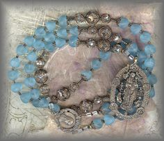 20%-||| RDND.21363 - OUR LADY QUEEN of HEAVEN IV - air - blue rosary (10 mm. - 26 in.)
