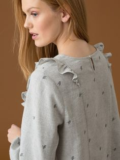 Blouse femme volantée à broderies Ombrelles exclusives, IKES - GRIS CHINE+INDIGO+SANGUINE - 4 Pull, Chef Jackets, Indigo, Sewing Projects, Inspiration, Fashion, Heather Grey, China, Fashion Styles