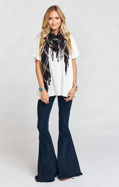 Avalon is your new go to casual Mumu. Of course she can be dressed up like all the rest, but with some cutoffs and sandals she is just the right amount of chill without looking sloppy. Or even just throw her on over your bikini when you come in to shore for lunch. You really can't go wrong!   *MADE IN THE GORGE USA* *100% Rayon *Mumu Cloud Fabric is dry clean only. Do not wash *Basically Wrinkle-proof.  Throw in purse for later…