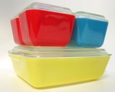 1950's Pyrex refrigerator dishes