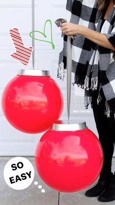 Christmas Balls, Christmas Lights, Christmas Crafts, White Christmas, Christmas Ideas, Christmas Tree, Christmas Christmas, Beautiful Christmas, Large Outdoor Christmas Decorations