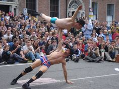 World Buskers Festival - The English Gents act