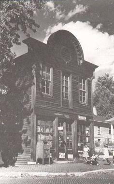 Thornton neighorhood store/Corner of Belle, Piasa, and 16th Street  Alton il