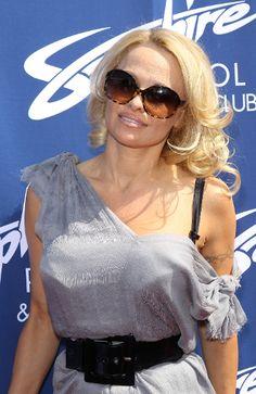 Pamela Anderson back with Rick Salomon [Video] | 15 Minute News