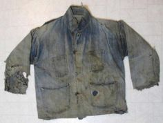EARLY 1900's DESTROYED SELVAGE DENIM DONUT HOLE BUTTON CHORE FARM WORK JACKET