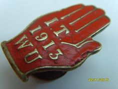AN ANTIQUE 1913 RED HAND OF ULSTER ENAMEL BADGE THE IRISH TRANSPORT WORKER UNION in Collectables, Badges/ Patches, Club/ Association Badges | eBay