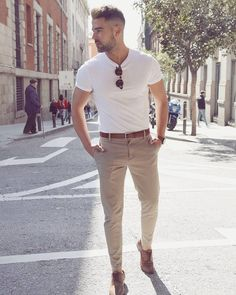 Nice style by raemonalba Trendy Mens Fashion, Mens Fashion Wear, Stylish Men, Men Casual, Casual Styles, Casual Chic, Men's Fashion, Fashion Tips, Polo Shirt Outfits