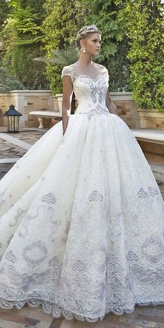 Wedding dress 2017 trends & ideas (220)