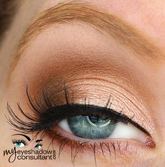 Naked Lunch (inner half of lid) Ground Brown (outer half of lid) Wedge (crease) Blanc Type (blend)