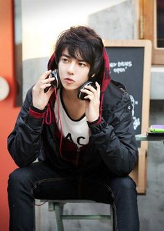 ImageFind images and videos about ulzzang, P and park tae jun on We Heart It - the app to get lost in what you love. Human Poses Reference, Pose Reference Photo, Cute Asian Guys, Cute Guys, Asian Boys, Beautiful Boys, Pretty Boys, Beautiful People, New Yorker Mode