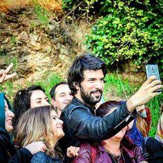 Engin Akyürek - Selfie  (MT)     11/2015