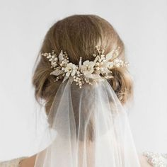 Complete your bridal look with the perfect wedding Veils; Wedding Veils Online, Wedding Veils for Bridal Headpieces, Vintage Inspired Wedding Veils Bridal Veils And Headpieces, Headpiece Wedding, Wedding Updo, Gold Headpiece, Bridal Bun, Wedding Garters, Pearl Bridal, Bridal Comb, Wedding Hair And Makeup