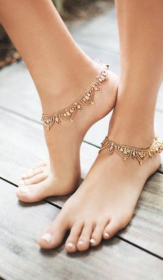 Find the perfect finishing touch for any outfit with cute ankle bracelets from Free People. This selection of gold & silver anklets has something for everyone. Ankle Jewelry, Ankle Bracelets, Body Jewelry, Jewellery, Jewelry Accessories, Fashion Accessories, Jewelry Design, Beaded Anklets, Bare Foot Sandals