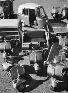 """Модификации """"Веспы"""": мотороллер с коляской, грузовик, микроавтобус"""