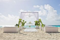 Destination wedding at Secrets resorts Cancun (Secrets The Vine)