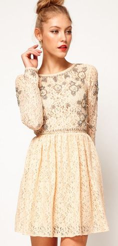 love the sleeves and the detailing
