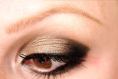 Tutorials using the Urban Decay Naked 2 palette. Need to get some ideas so I actually start using this palette!