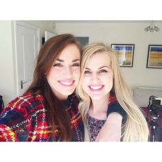 Rose and Rosie Cute Relationship Pics, Cute Relationships, Cute Lesbian Couples, Lesbian Love, Rose And Rosie, Lgbt Wedding, Beautiful Smile, Celebrity Crush, Youtubers