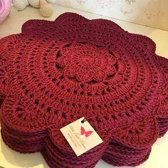 1 million+ Stunning Free Images to Use Anywhere Crochet Mandala, Crochet Cross, Crochet Motif, Crochet Designs, Crochet Doilies, Doily Patterns, Knitting Patterns, Crochet Patterns, Crochet Geek