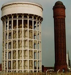 Very symbolic to people from Goole (aka Goolies) these are the water towers known more affectionately as the Salt and Pepper Pot. You knew you were nearly home when you saw these! Round Building, Tower Light, East Yorkshire, Water Tower, Local History, Modern Materials, Brutalist, Water Tank, Modern Architecture
