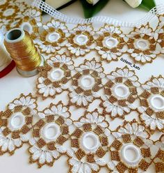 Baby Knitting Patterns, Crochet Patterns, Crochet Granny Square Beginner, Hairstyle Trends, Doilies Crafts, Lace Collar, Crochet Motif, Lily, White People