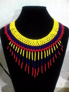 Collares Indigenas! Massy Accesorios! - $ 80.000 en Mercado Libre Seed Bead Jewelry, Seed Beads, Diy Jewelry, Beaded Jewelry, Handmade Jewelry, Collar Redondo, Mexican Jewelry, Beaded Collar, Beaded Choker Necklace