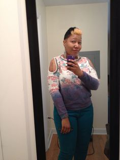 My new hair color and floral hombre blouse from #Forever21 I'm ready for spring!