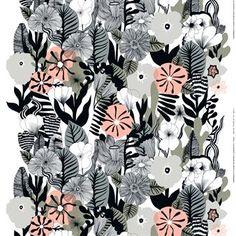 Kasvu tyg är designat av Maija Louekari, en av Marimekkos mest framträdande designers. Det har ett färgglatt mönster med olika blommor och för tankarna till den härliga våren då blommorna börjar växa i trädgårdar och parker. Tyget är tillverkat i kraftig bomull och passar perfekt som gardiner, en smart rumsavdelare eller en bordsduk till sommarstugan!