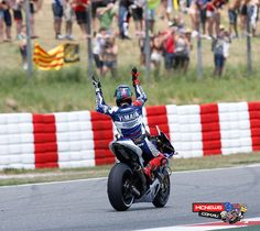 Motogp 2013 round five mugello mcnews motogp 2013 round six catalunya jorge lorenzo celebrates the win http voltagebd Images