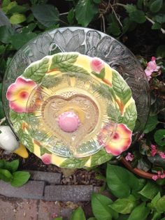 Hearts and flowers in this precious plate. MiMi's Plate Flowers