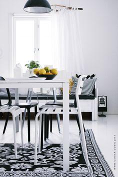 black and white- #pillows #decorative pillows noraquinonez.etsy.com
