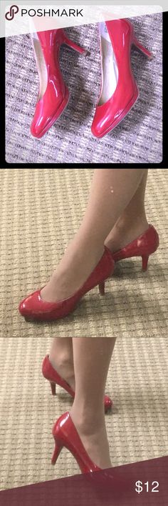 Kelly & Katie red patent heels. 5.5 👠 Super hot! 🔥 Kelly & Katie red patent leather heels. Excellent condition! 1/2 inch platform 2 1/2 inch heel. True to size 5.5. One small scuff on side. Not noticeable when wearing. Very comfortable! Kelly & Katie Shoes Heels