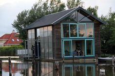 houseboat netherlands
