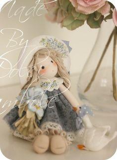 Dolci Bambole : Con la mia piccola oca