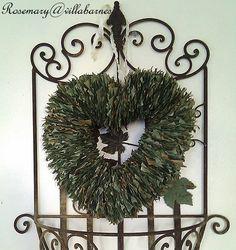villabarnes: Vintage Paper Wreaths