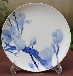 Items similar to Handmade in Jingdezhen Blue and White Painted Porcelain Display Collectable Plate - Mengya Zhang on Etsy Tea Canisters, Chinese Design, Tea Caddy, Painted Porcelain, Ceramic Painting, Ceramic Plates, Artisan, Handmade Items, Things To Come