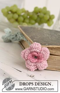 "Crochet book mark with DROPS flower in ""Safran"". ~ DROPS Design"
