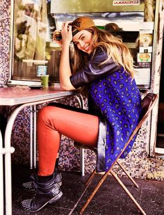robyn lawley cosmo ausl6 Robyn Lawley Shows Off Her Personal Style for Cosmopolitan Australia April 2013 by Steven Chee
