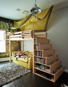 I love this design for the bunk beds Etagenbett Kinderzimmer-Raumsparend einbauregale TamaraH-Design Bunk Beds With Stairs, Kids Bunk Beds, Loft Bed With Couch, Pallet Bunk Beds, Loft Bed Stairs, Pallet Futon, Mezzanine Bed, Loft Railing, Adult Bunk Beds