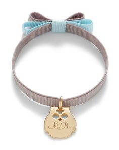 A ribbon with the owl pendant by Lilou: discreet, chic and according to Lilou's philosophy, customized, this bracelet will match any outfit of yours! #lilou #bracelet #owl #ribbon #customized #outfit #discreet #chic