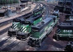 RailPictures.Net Photo: BN 8070 Burlington Northern Railroad EMD SD40-2 at Denver, Colorado by Dave Schauer