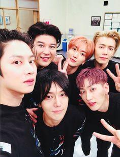 Heechul, Shindong, Leeteuk, Donghae, Yesung and Eunhyuk//Super Junior Eunhyuk, Kim Heechul, Kyuhyun, Lee Donghae, Super Junior Kpop, Super Junior Songs, Super Junior Leeteuk, K Pop, Choi Siwon