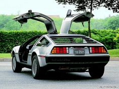 My other vintage dream car..Dalorean DMC 12