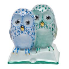 """Herend Hand Painted Porcelain Figurine """"Pair of Owls on Books"""" Blue Green Fishnet Gold Accents."""